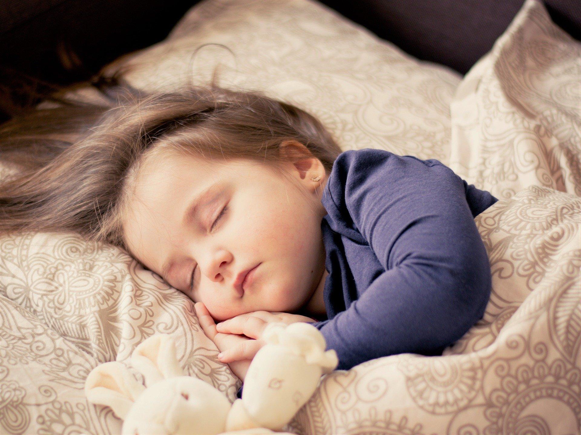 益卡思儿童成长,益卡思儿童床垫