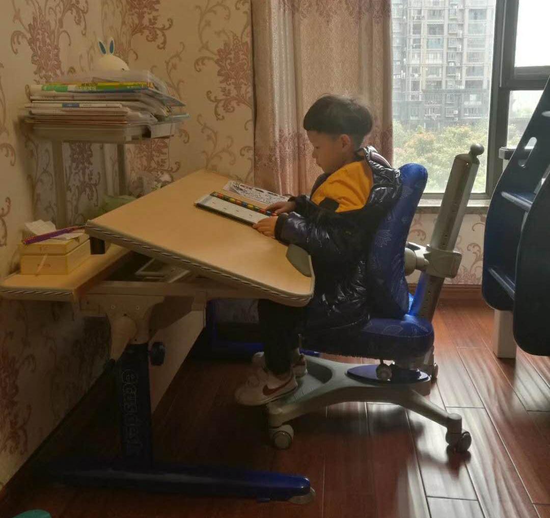 益卡思学习桌椅&益卡思儿童桌椅